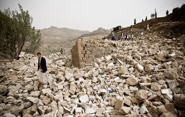 Свыше тысячи человек погибло за время бомбардировок Йемена