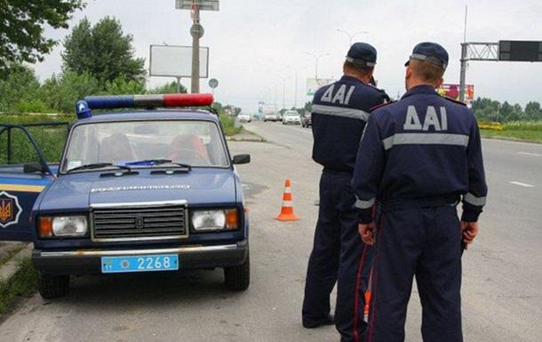 В Киеве на Броварском шоссе обстреляли пост ГАИ