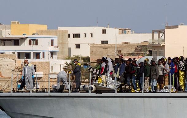 В Средиземном море за сутки спасены почти 3700 беженцев