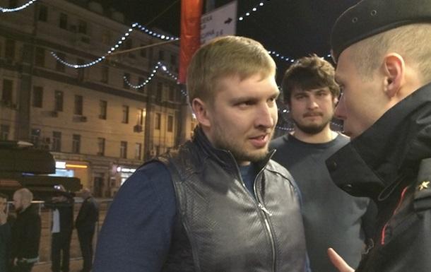 В Москве во время репетиции парада избили музыкального продюсера