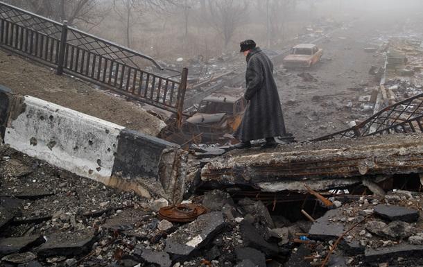 Обзор зарубежных СМИ: кому теперь придется кормить Донбасс?