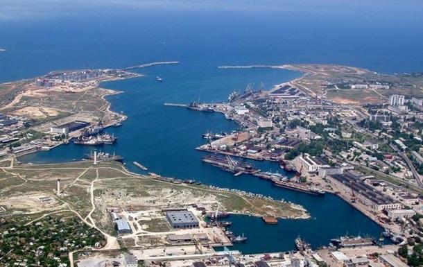 Украина закрыла крымские порты для иностранных судов