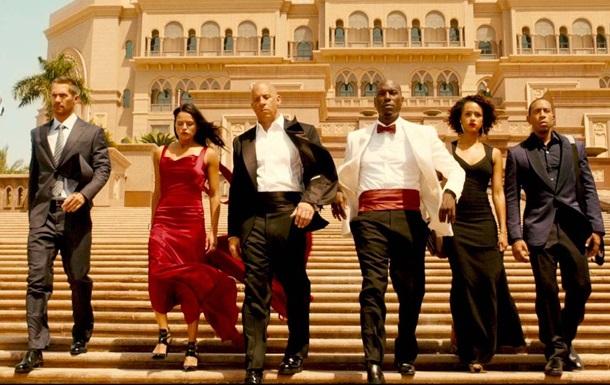 Трейлер к фильму  Форсаж 7  назвали лучшим в 2015 году