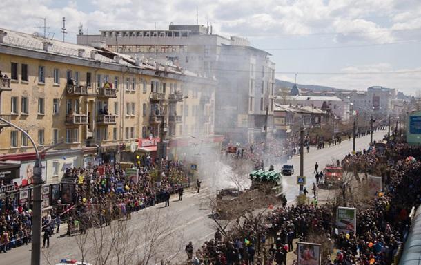 В российской Чите на параде Победы загорелся  Бук