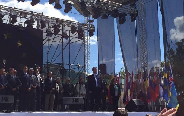 Послы ЕС приняли участие в открытии Дня Европы в Киеве