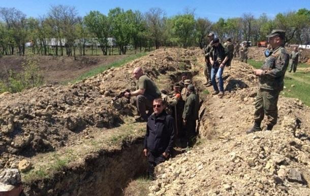 Первая линия обороны на Донбассе почти готова - Генштаб