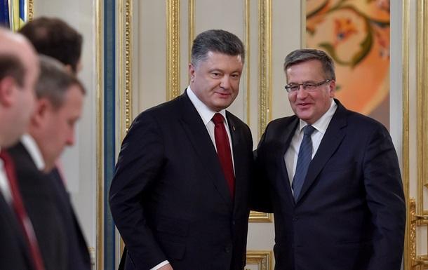 Порошенко и Коморовский обсудили события на Донбассе