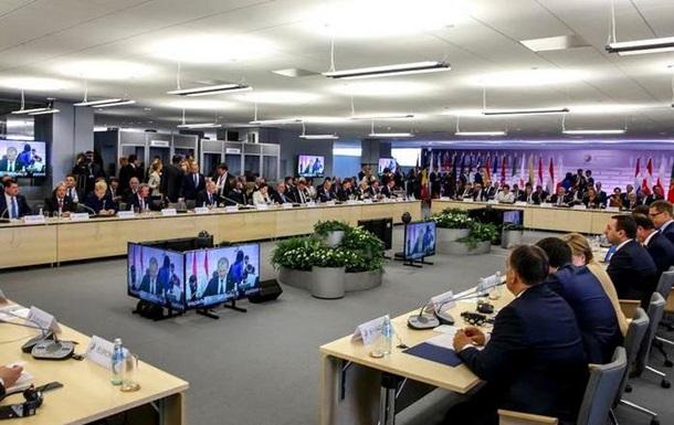 При одном условии. Украине пообещали безвизовый режим с ЕС