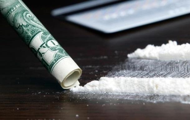 В Канаде мужчина отправил по почте более 5 килограммов кокаина