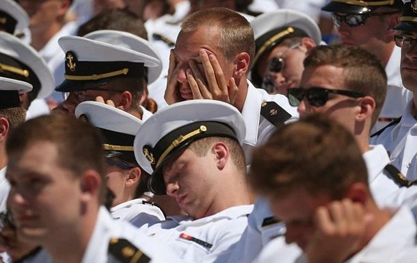 Джо Байден усыпил своей речью выпускников Военно-морской академии США