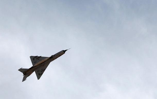 Ливия нанесла авиаудар по нефтетанкеру