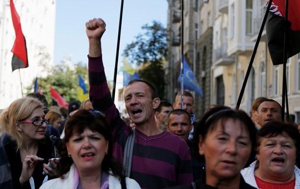 Профсоюзы готовятся еженедельно пикетировать Кабмин