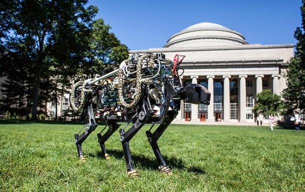 Самого быстрого робота-гепарда научили преодолевать препятствия