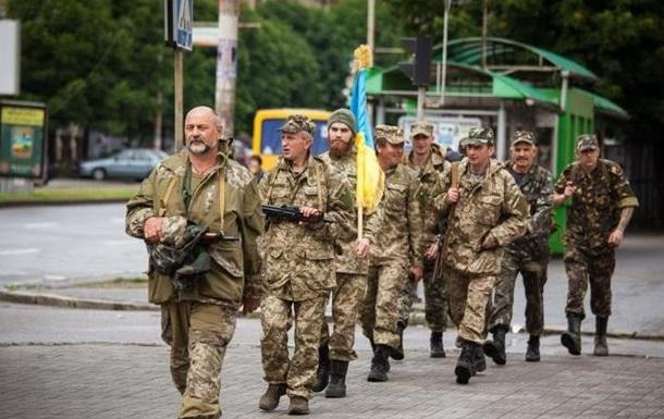 В Запорожье назревает бунт: военных выселяют с базы