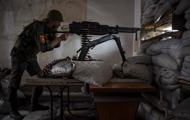 На Троицу сепаратисты вели обстрелы по всем направлениям - штаб АТО
