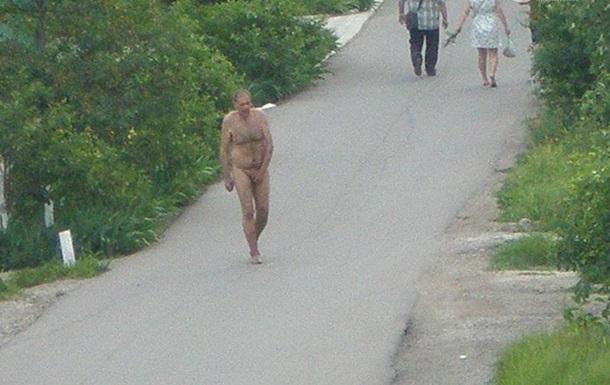 По Мариуполю бегал голый мужчина
