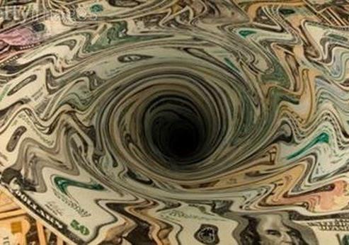 Профицит местных бюджетов стал ширмой катастрофическому падению экономики