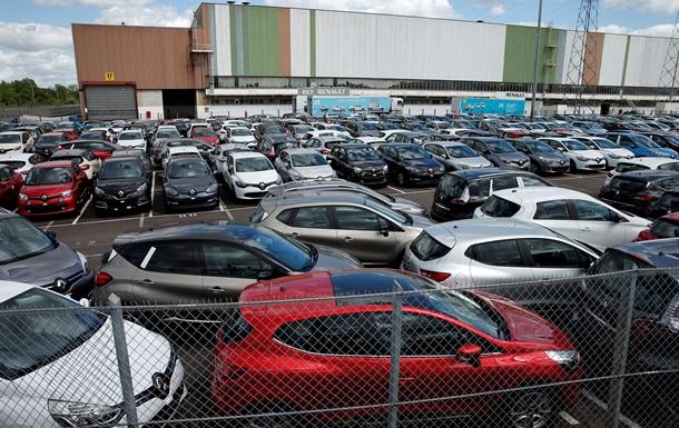 Украинцы за пять месяцев купили почти 14 тысяч новых легковых авто