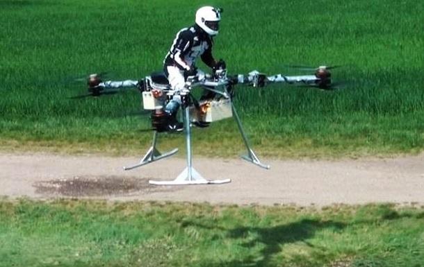 Персональный трикоптер впервые поднялся в воздух с пилотом