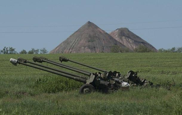 Сутки в АТО: обстрелы Марьинки и подрыв военных