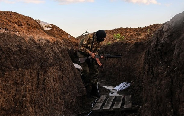 Сепаратисты возобновили обстрел Широкино – штаб