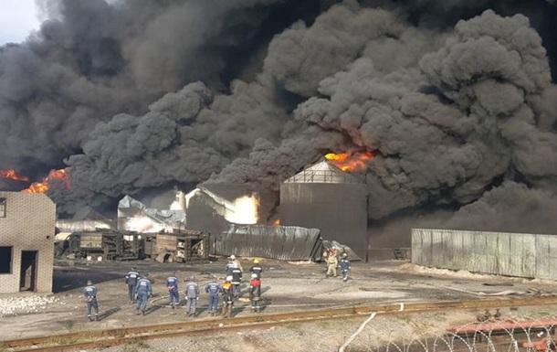 Увеличилось количество погибших при пожаре на нефтебазе под Киевом