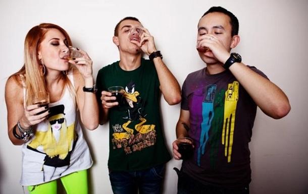 Питание и сон влияют на подростковый алкоголизм - ученые
