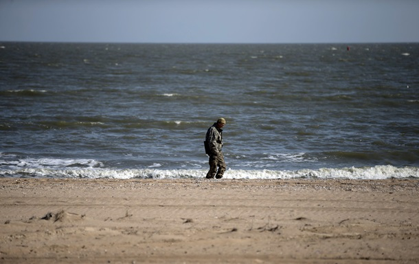 Выстрелы слышны на пляже: в Мариуполе спросили о ситуации в городе