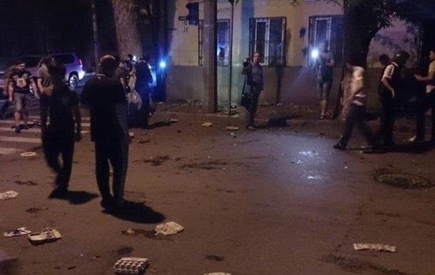 Стали известны подробности нападения на консульство Украины в России