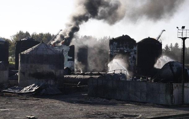 На нефтебазе под Киевом снова начался пожар