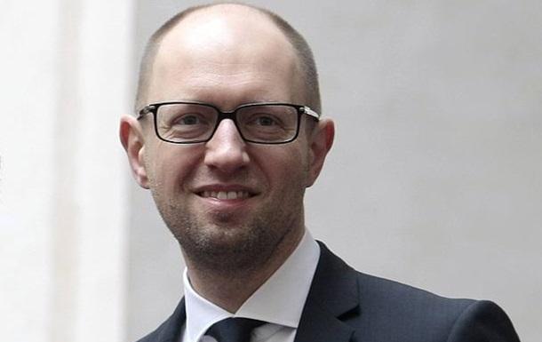 Премьер уверен: украинцы должны больше платить за коммуналку