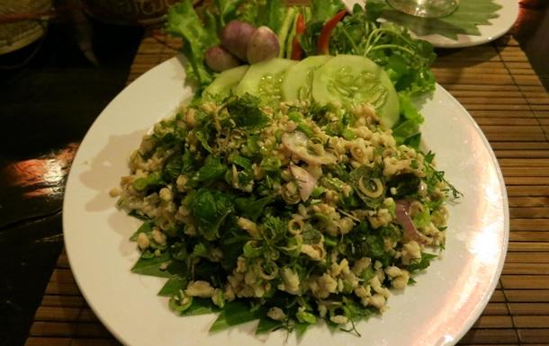 Медики назвали популярное тайское блюдо, способное вызвать рак