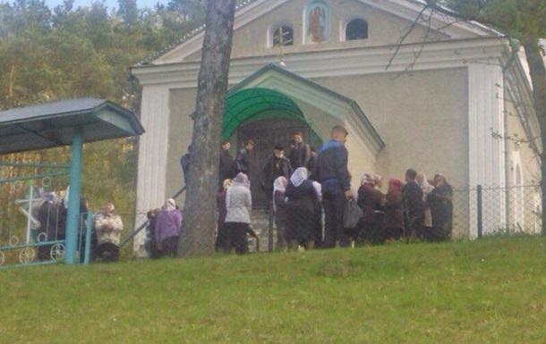 УПЦ МП заявила о захвате своего храма в Тернопольской области
