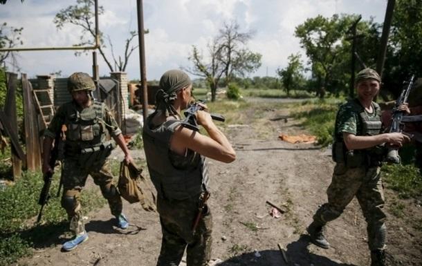 Военные сообщили об утренних обстрелах Марьинки и Широкино