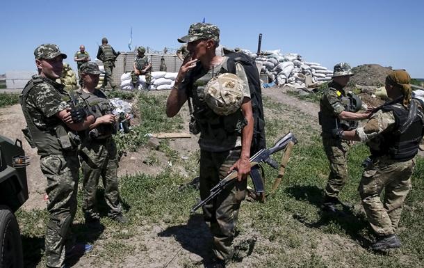 Территория вокруг базы роты Торнадо не заминирована - зам командира