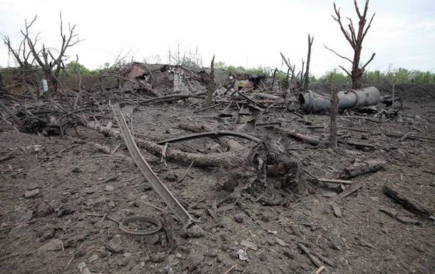 Взрыв на химзаводе на Донбассе мог привести к утечке радиации - штаб АТО