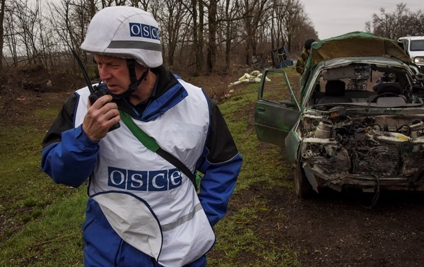 Наблюдатели ОБСЕ зафиксировали взрывы в районе Орехово и Песок