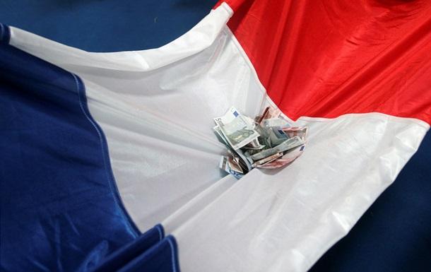 Во Франции растет число банков, арестовавших счета РФ
