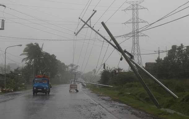 К югу Китая приближается тайфун Куджира
