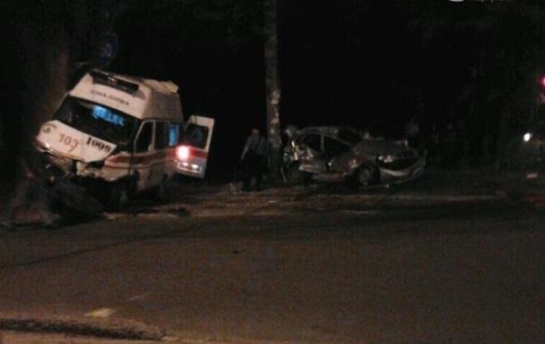 ДТП в Мариуполе с участием военных: пять человек госпитализированы