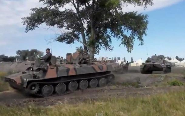 В Донбассе подорвался на мине броневик батальона ОУН