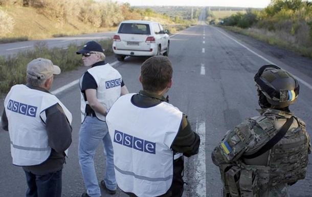 ОБСЕ: На линии фронта на Донбассе выкопаны траншеи, заложены мины