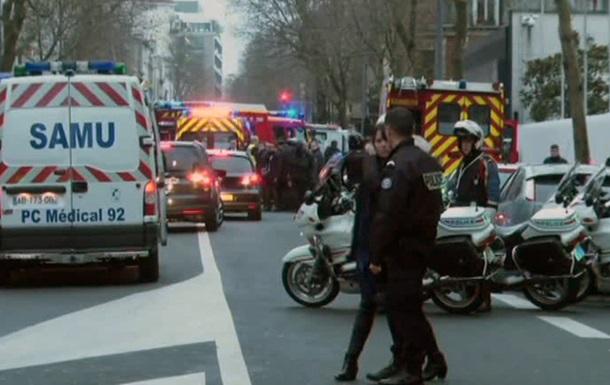 На севере Франции в парке аттракционов произошел взрыв, есть раненые