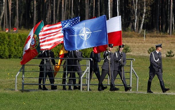 НАТО пересмотрит ядерную стратегию на фоне российской угрозы - СМИ