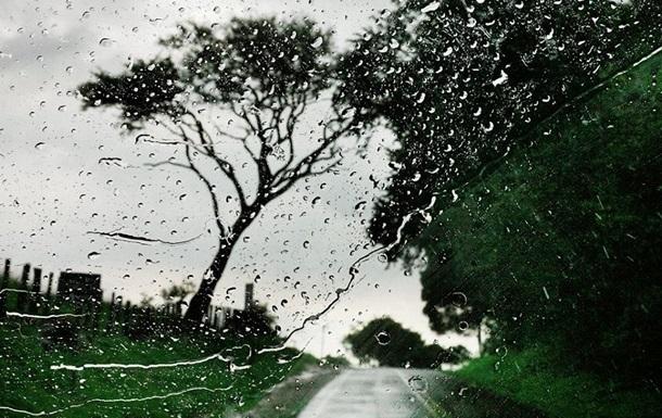 В Украину идут сильные дожди и грозы