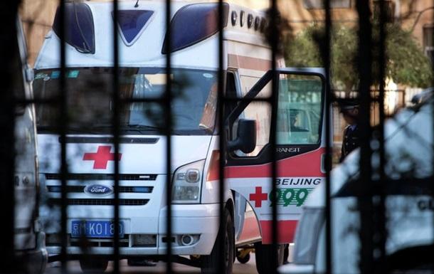 В Китае автобус упал с моста, погибли 11 человек