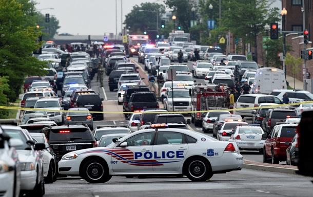 В Вашингтоне неизвестный открыл огонь на военном объекте