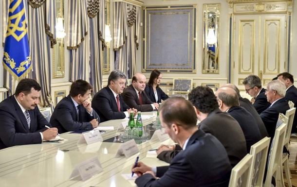 Порошенко призвал готовиться к новым санкциям против России