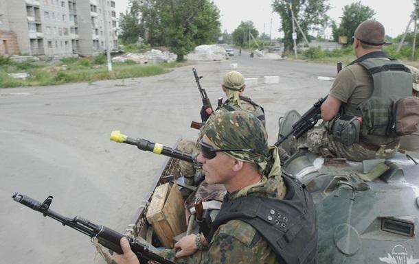 Военные: Сепаратисты обстреливают свои позиции