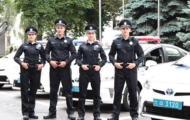 В Киеве полицейские оштрафовали прокурора и нардепа
